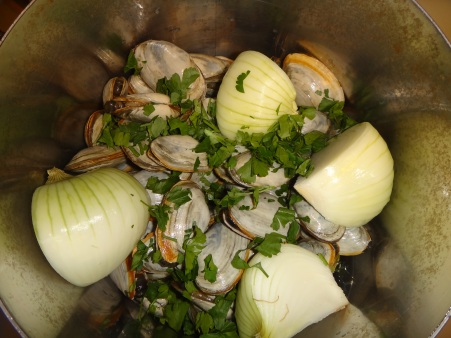 Steamers in the pot